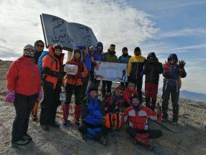 گزارش برنامه قله شیرکوه یزد
